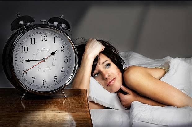 Schlafmangel-durch-zu-viele-gedanken-aufgaben-to-do-liste